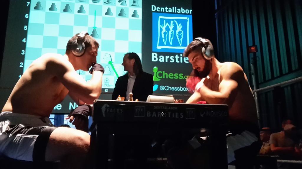 Raffaele Nigro vs Nika Darwisch.
