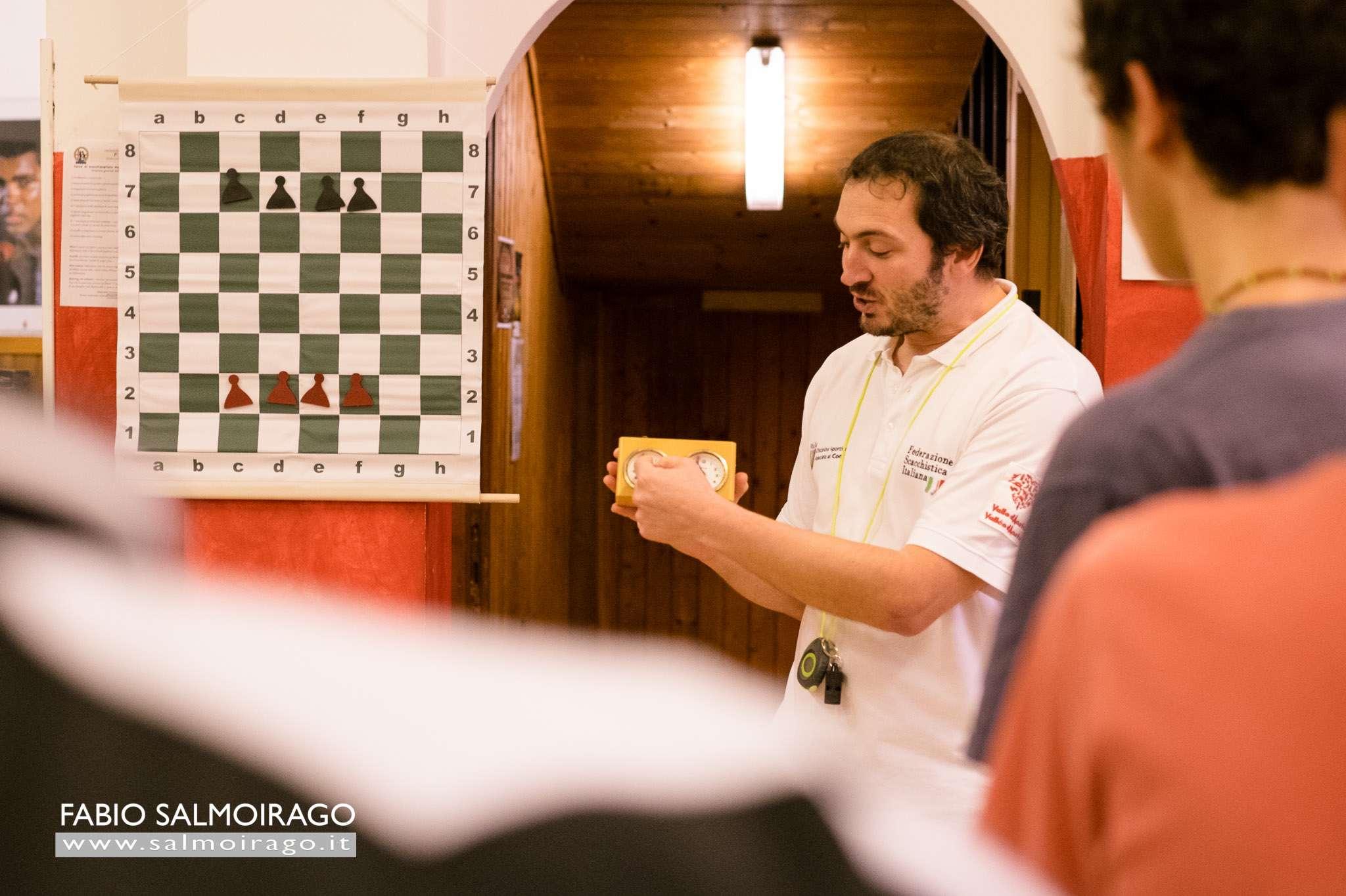 Introduci il chessboxing nella tua palestra. La FISP ti da gratis materiale scacchistico.